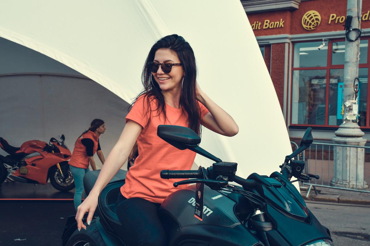 А этот мотоцикл мне нравится!