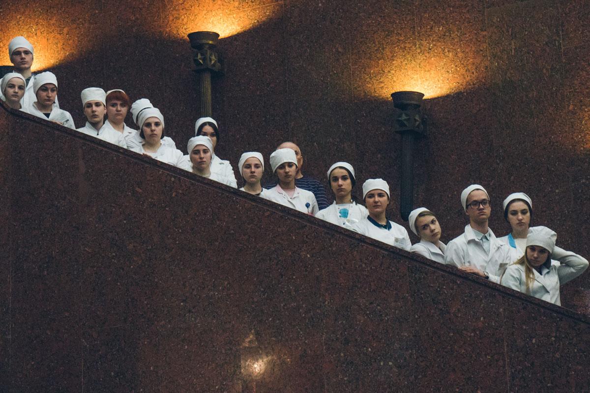 На открытие пришли студенты-медики