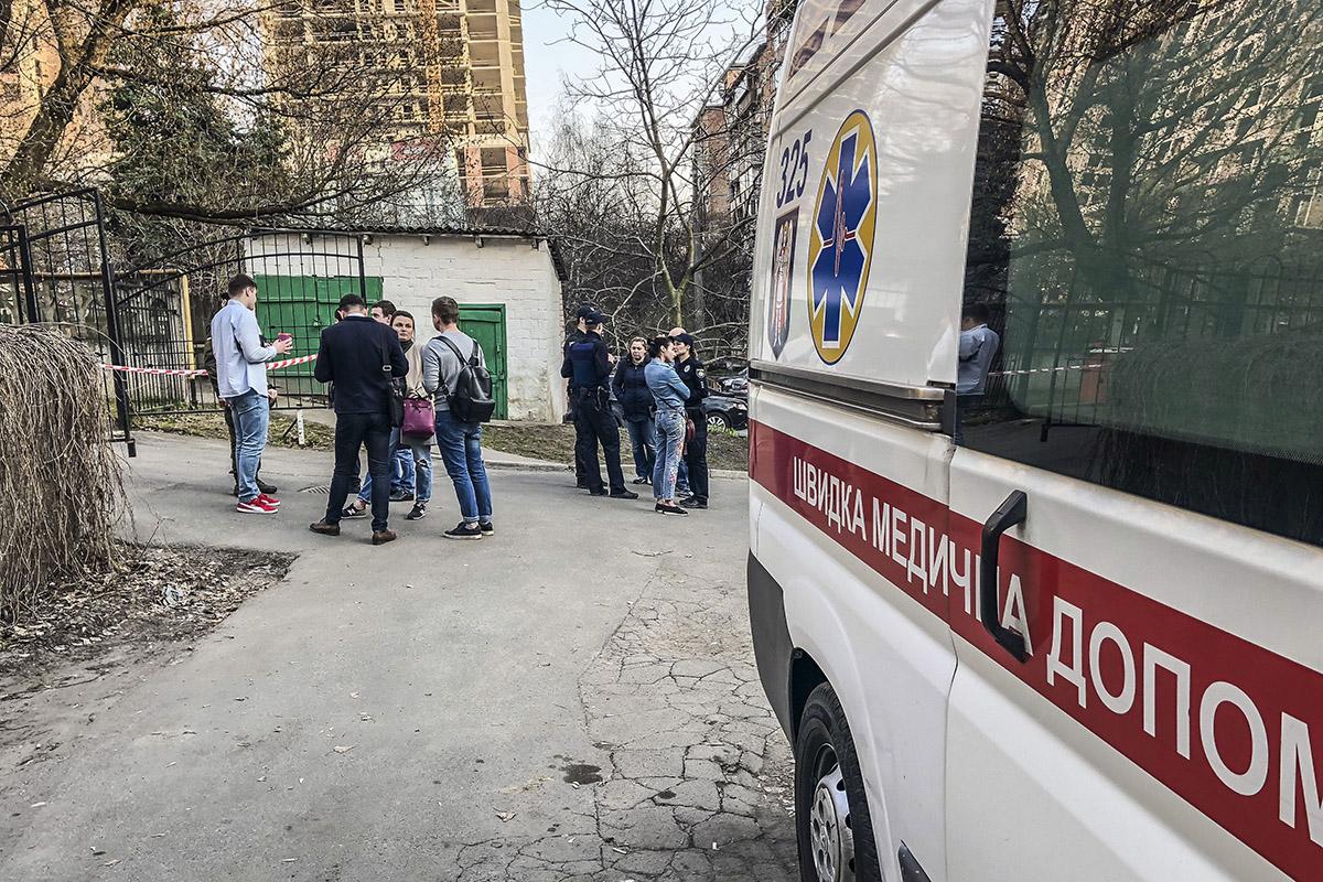Шестерых сотрудников суда эвакуировали