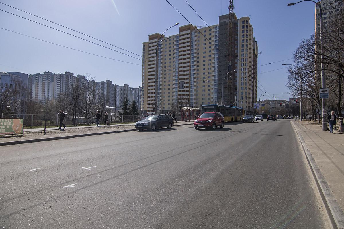 На улице Мостицкой дорога также в хорошем состоянии