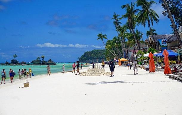 Филиппины закрыли для туристов самый популярный курорт - остров Боракай