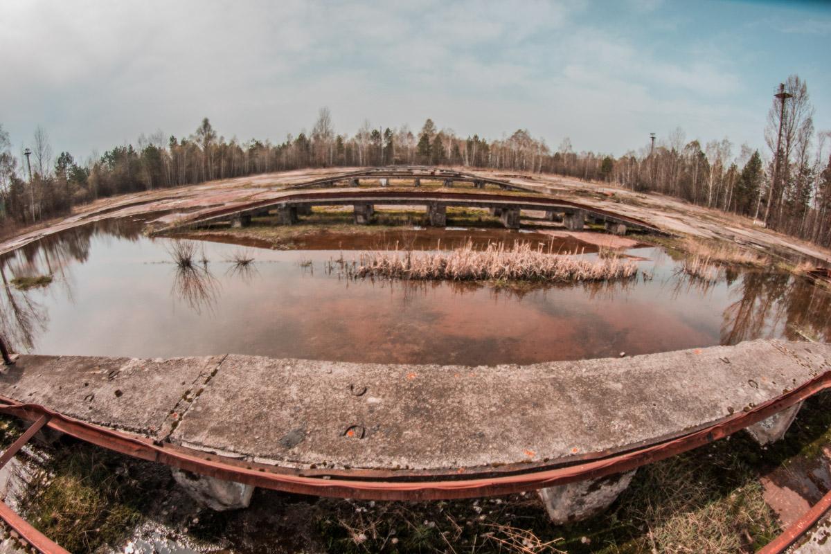 Семь платформ помнят, как на них с машин стекала радиоактивная грязь