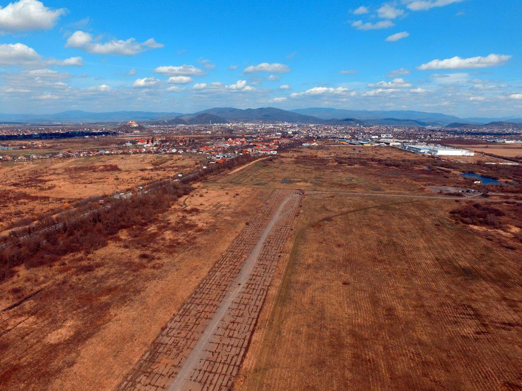 Президент поручил срочно построить аэропорт на Закарпатье