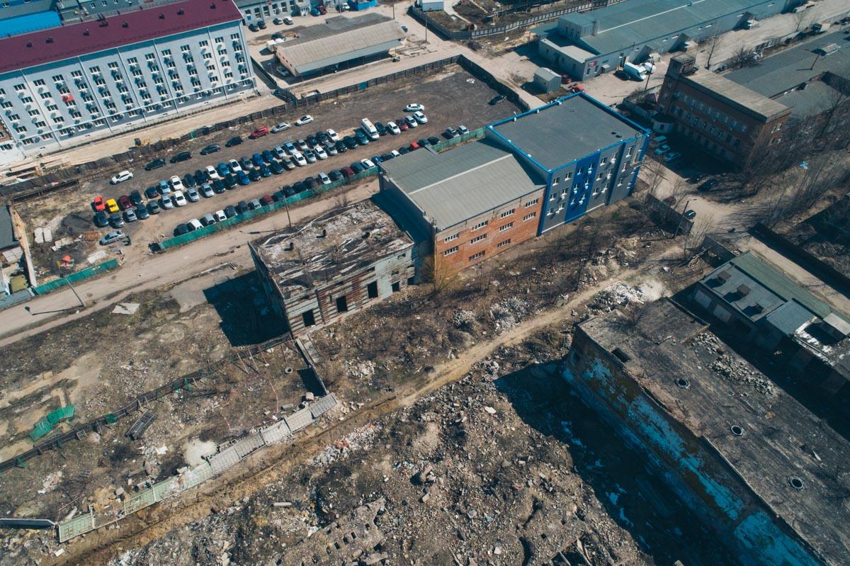 Вокруг заброшки - жилые кварталы Дарницкого и Деснянского районов столицы