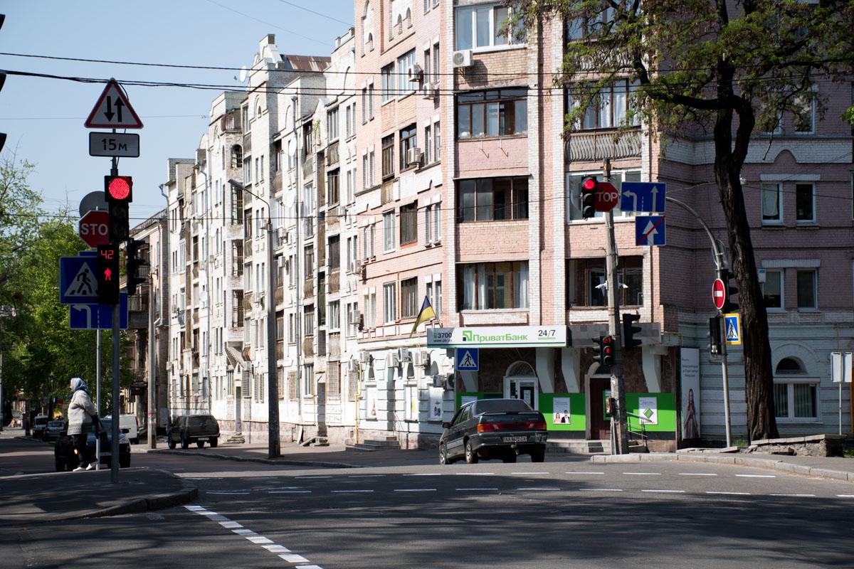Установлены новые светофоры на улице Волошской