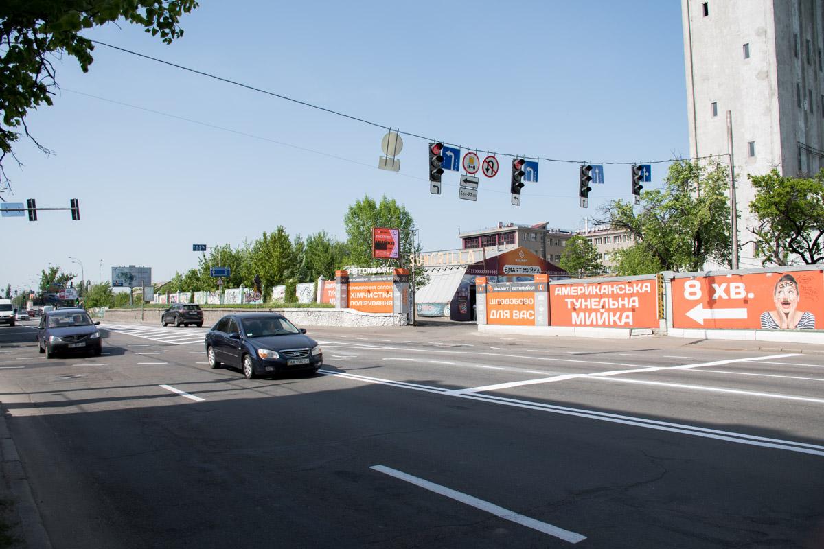 На улице Набережно-Крещатицкой перенесли левый поворот на Подол с улицы Спасской на улицу Хорива