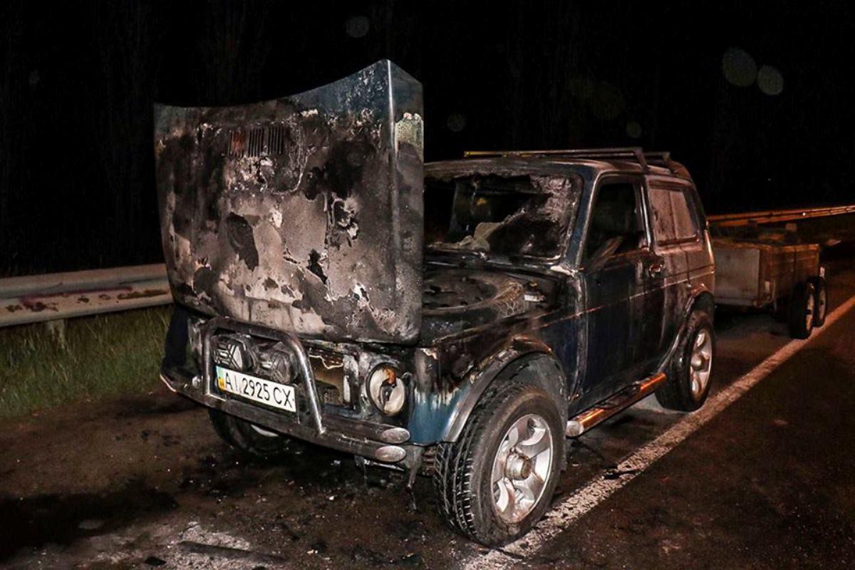 Автомобиль выгорел почти весь