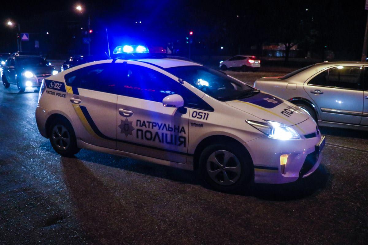 На месте работала патрульная полиция и следственно-оперативная группа