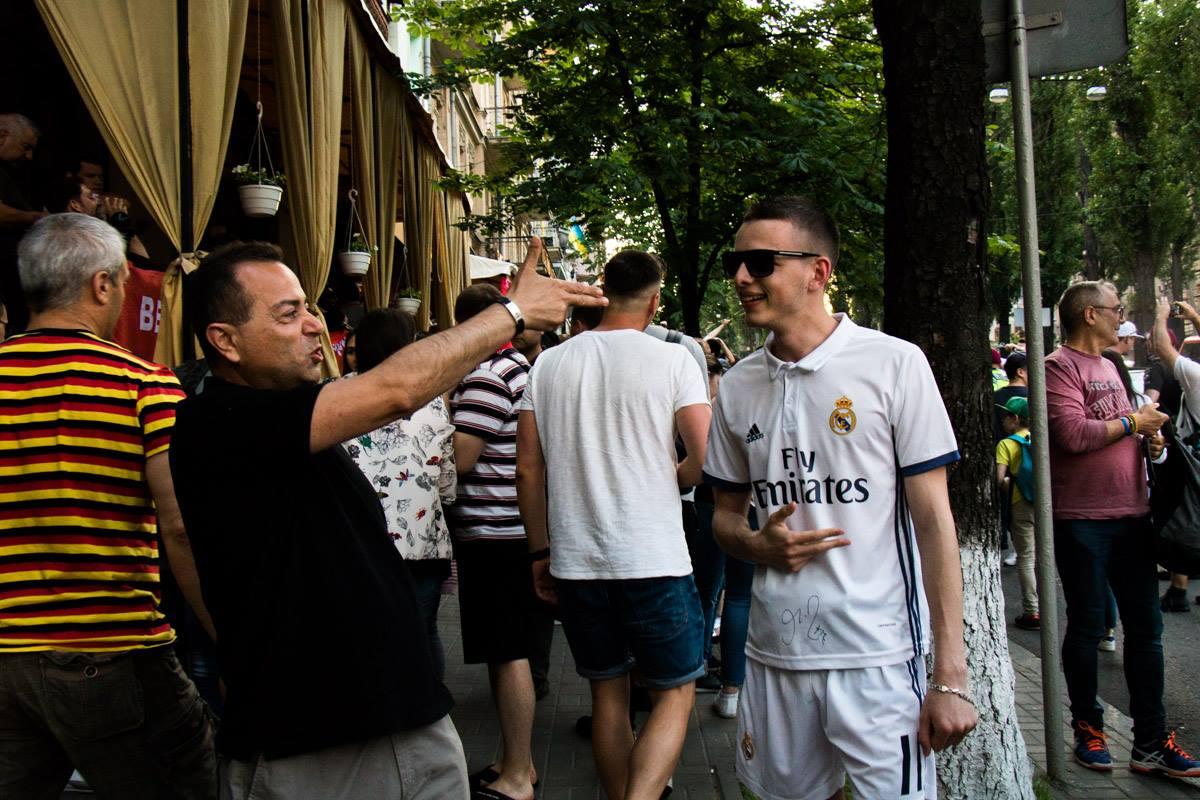 "Одинокий фанат ""Реала"" зашел не туда ;)"