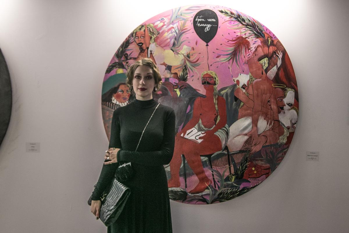 Нина Мурашкина со своей работой