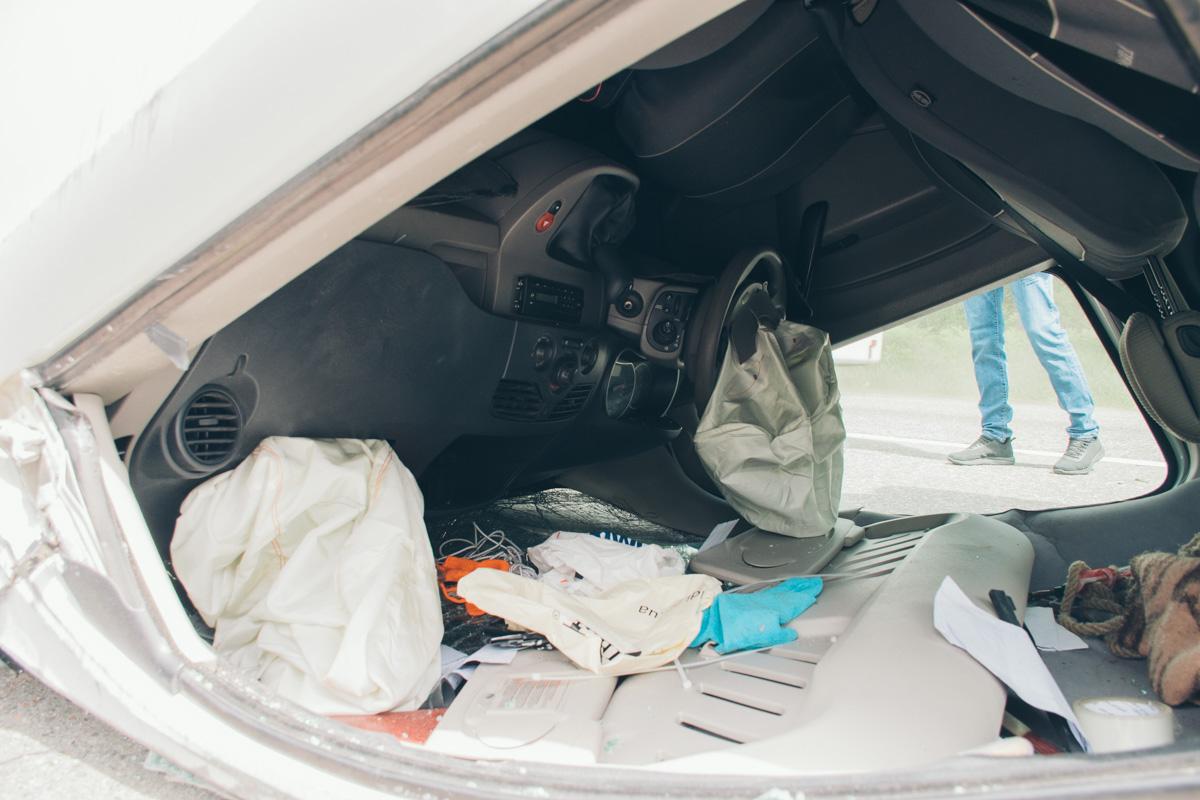 В авто сработали подушки безопасности