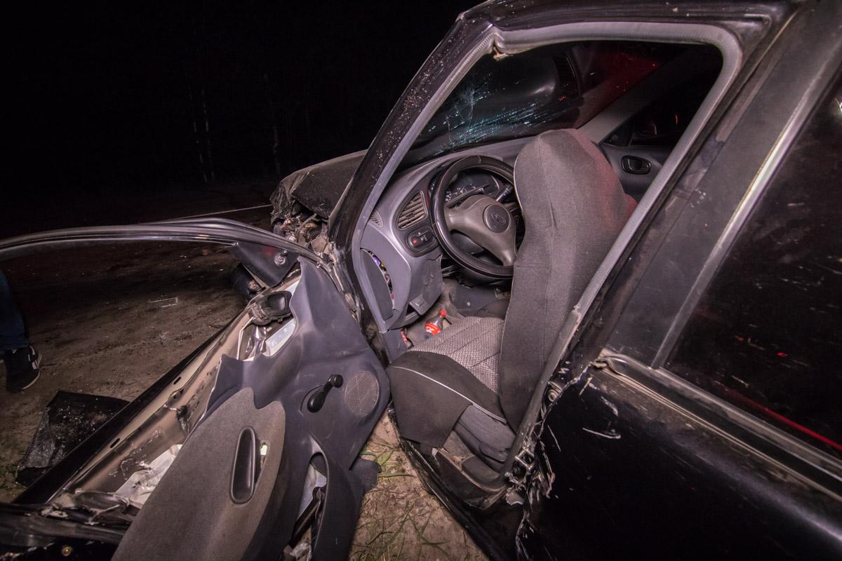 В одном из авто находился 14-летний парень Коля со своими родителями