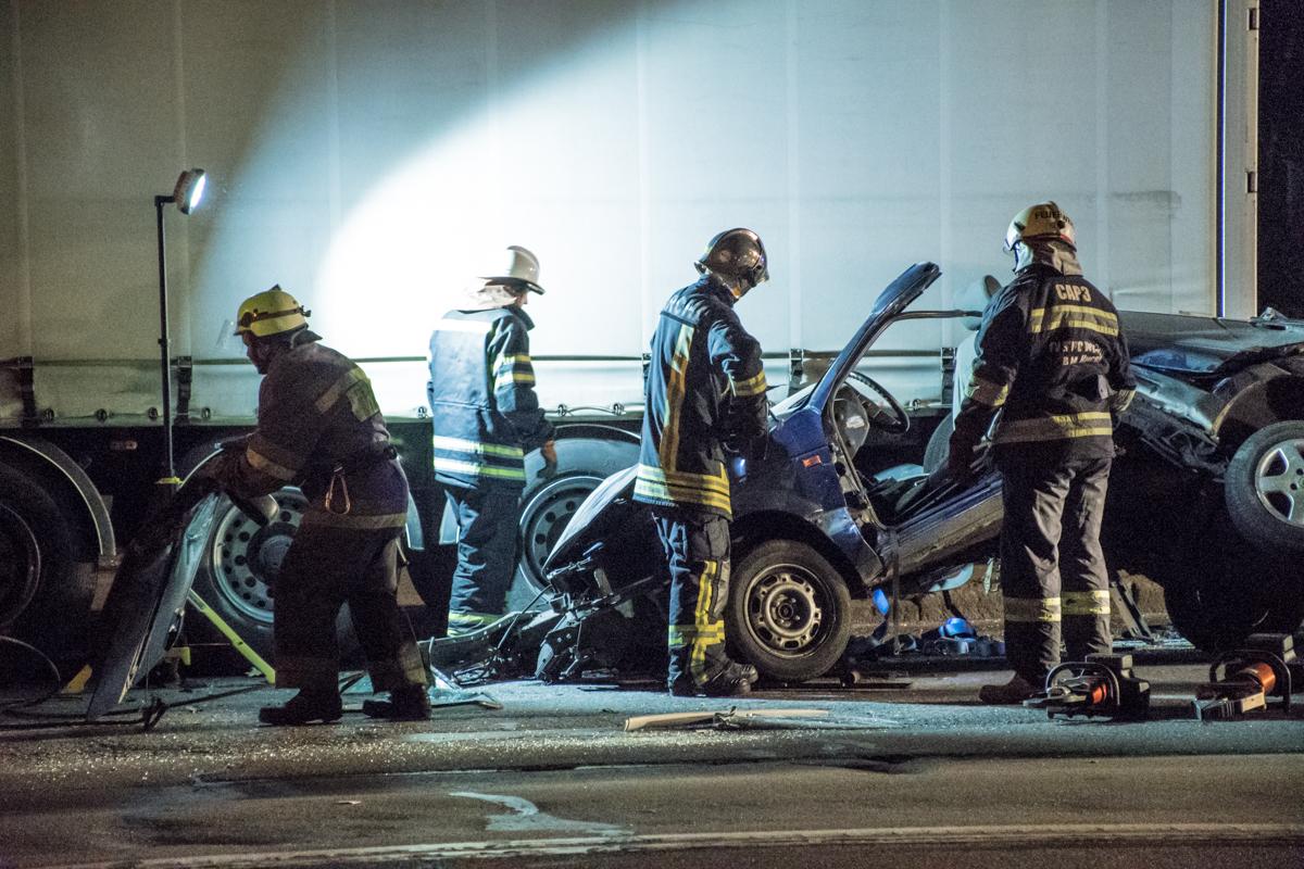 В результате аварии автомобиль полностью разбит