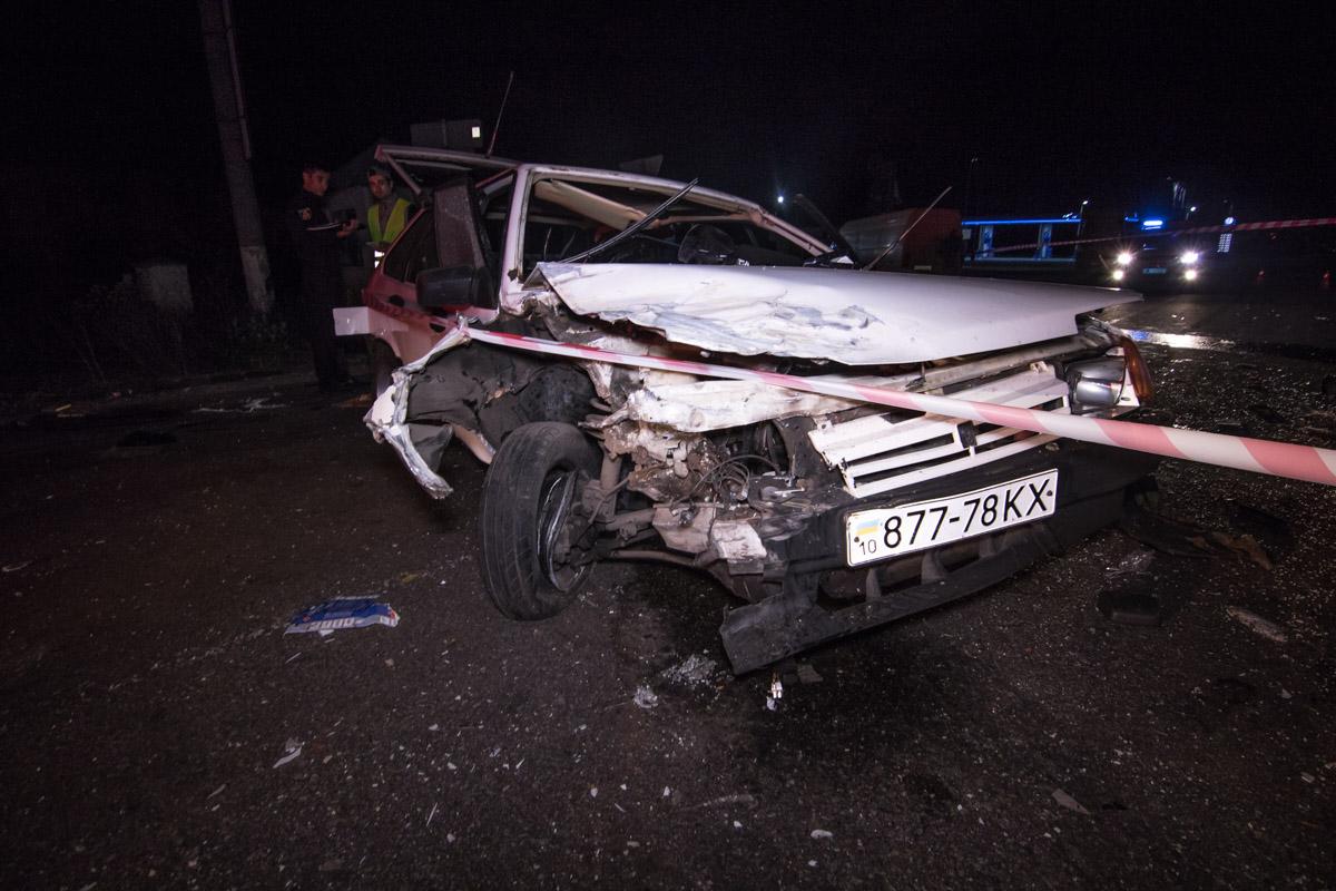 Под Киевом столкнулись два Дэу Lanos: три человека достаточно серьезно пострадали