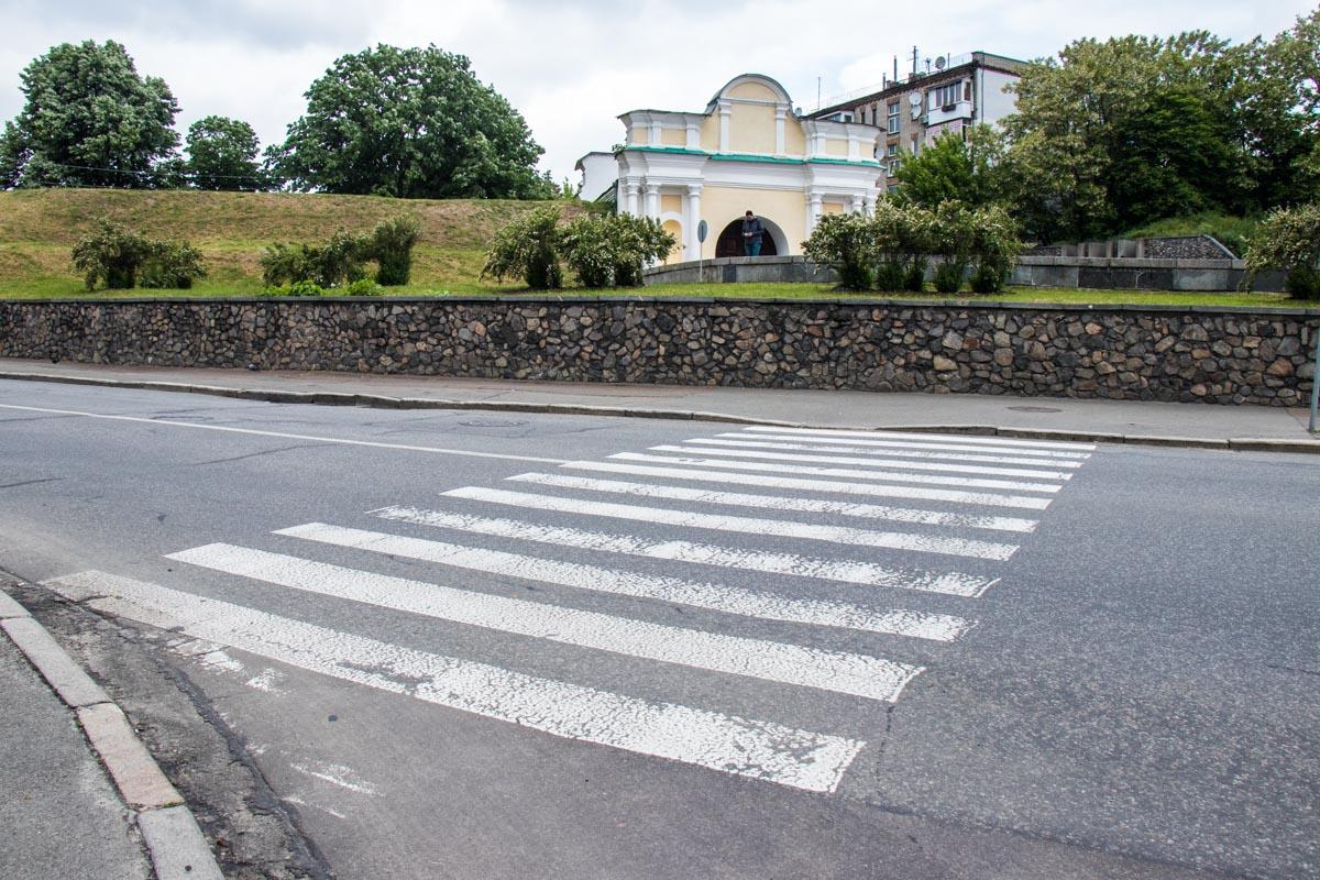 Ремонтировали полотно от улицы Добровольческих батальонов до площади ВОВ