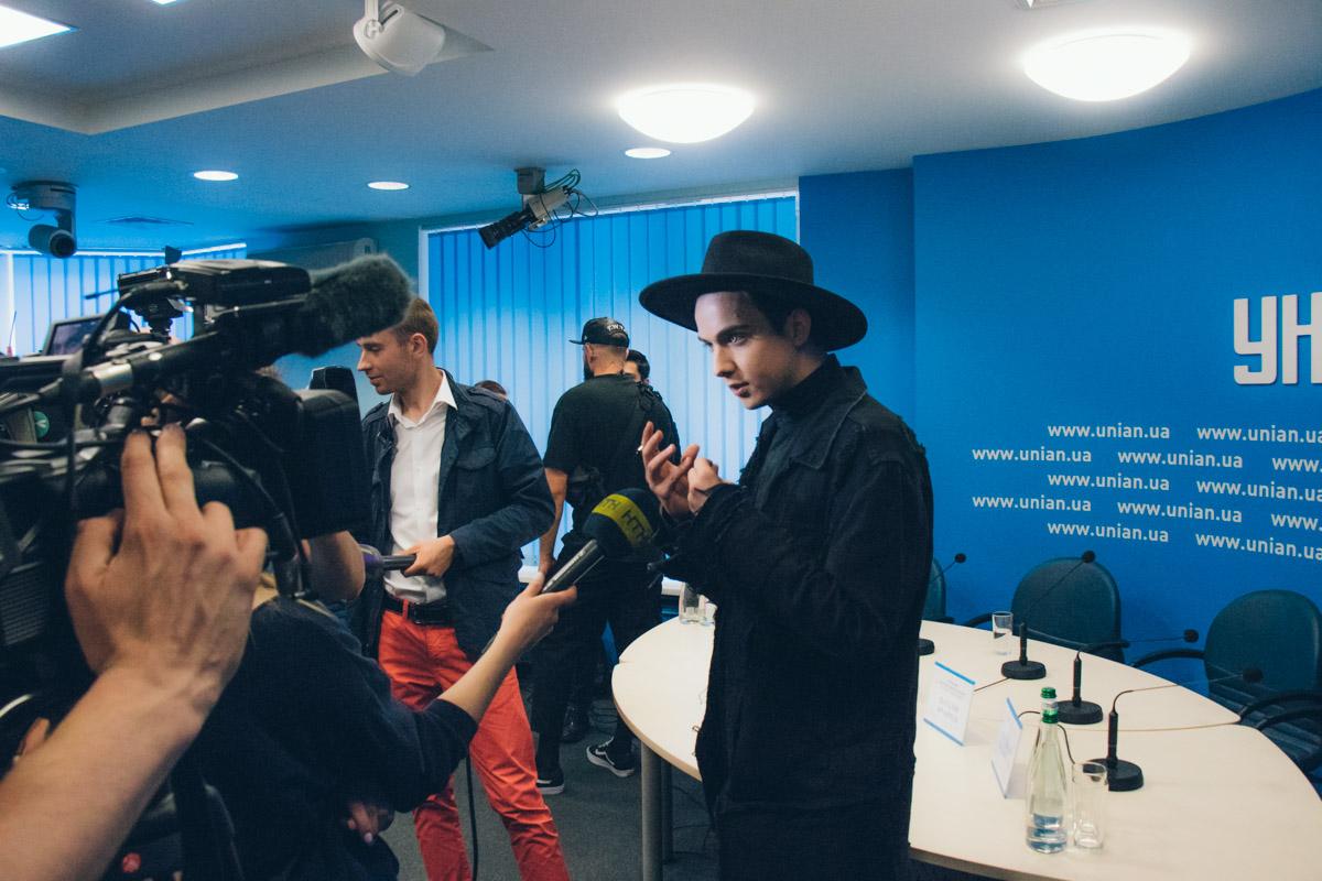 15 мая в Киеве прошла пресс-конференция Melovin'a