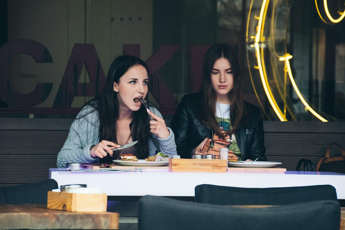 Вкусная еда всегда спасет от плохого настроения