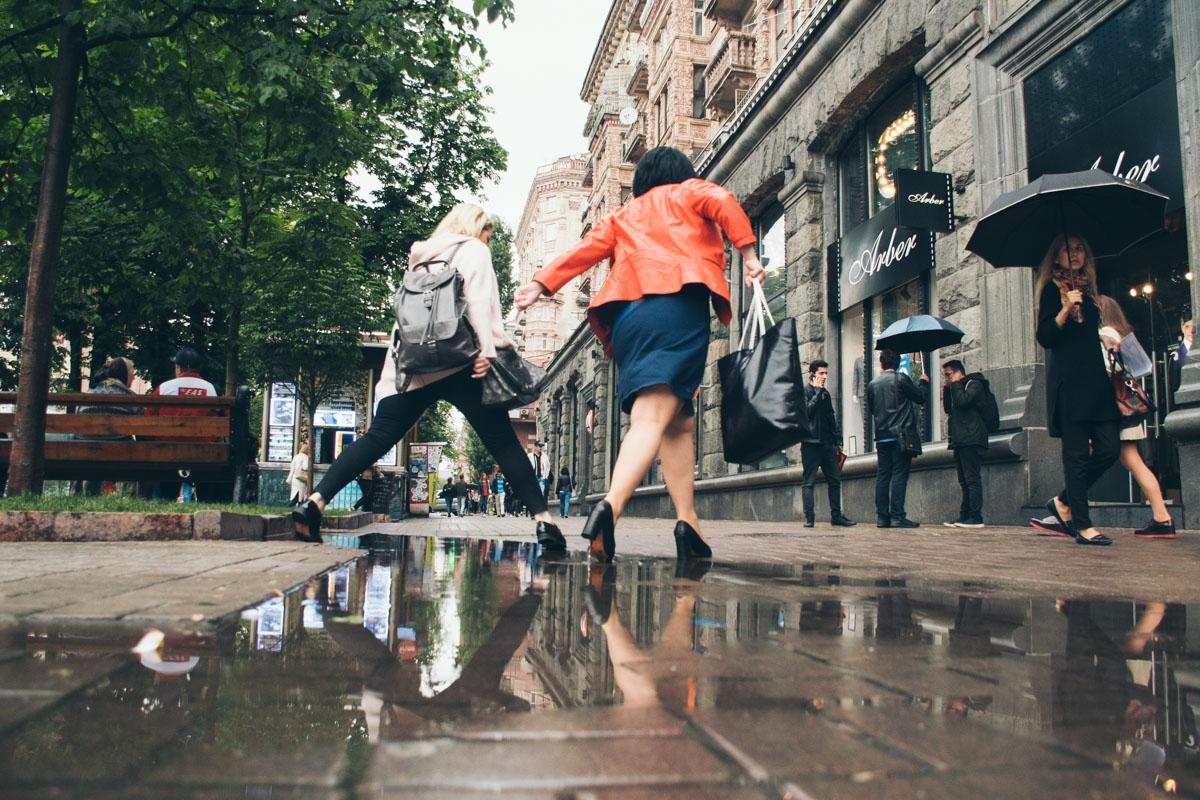 Гимнастика на столичных тротуарах