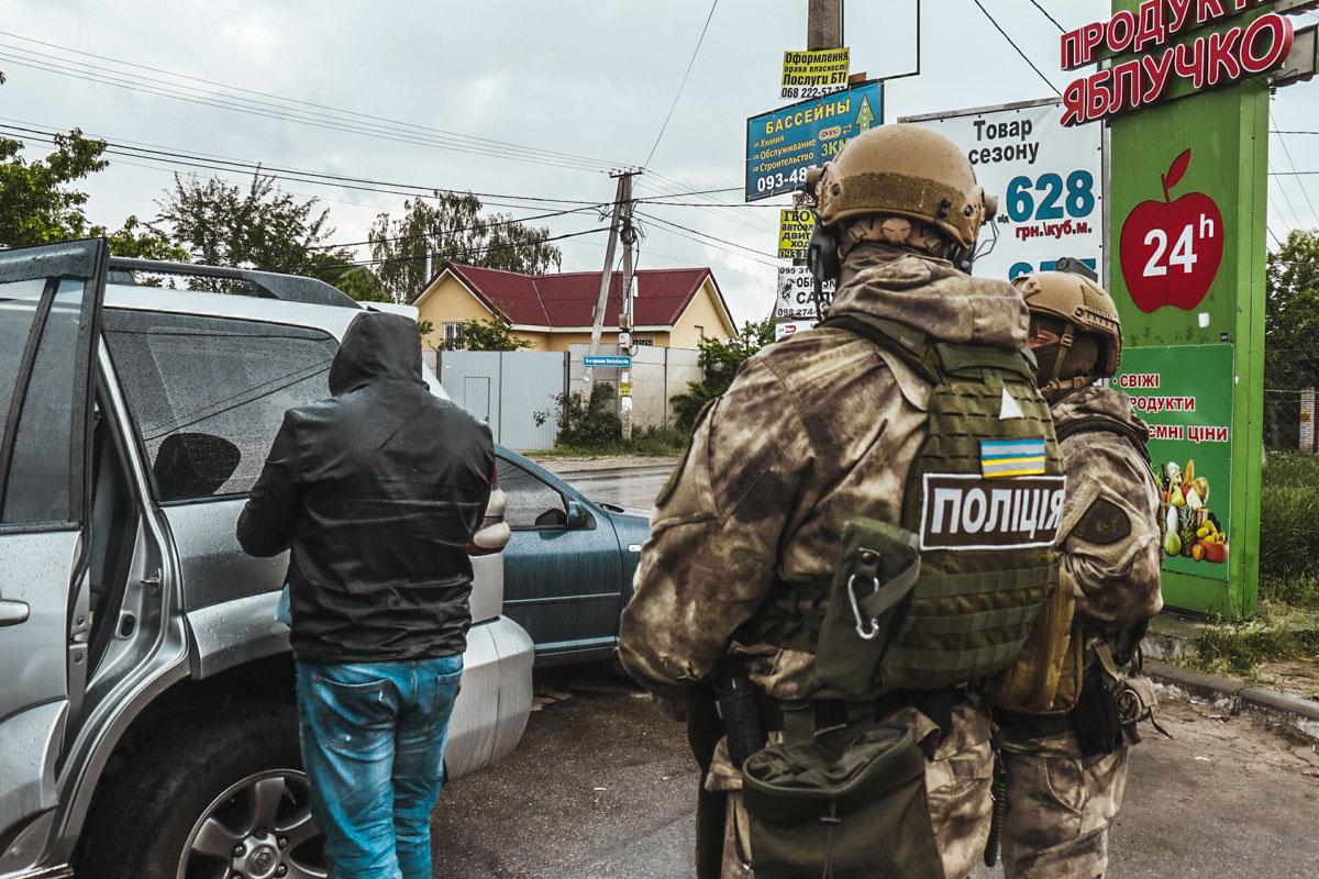 На улице 94-я Садовая задержали 5 человек