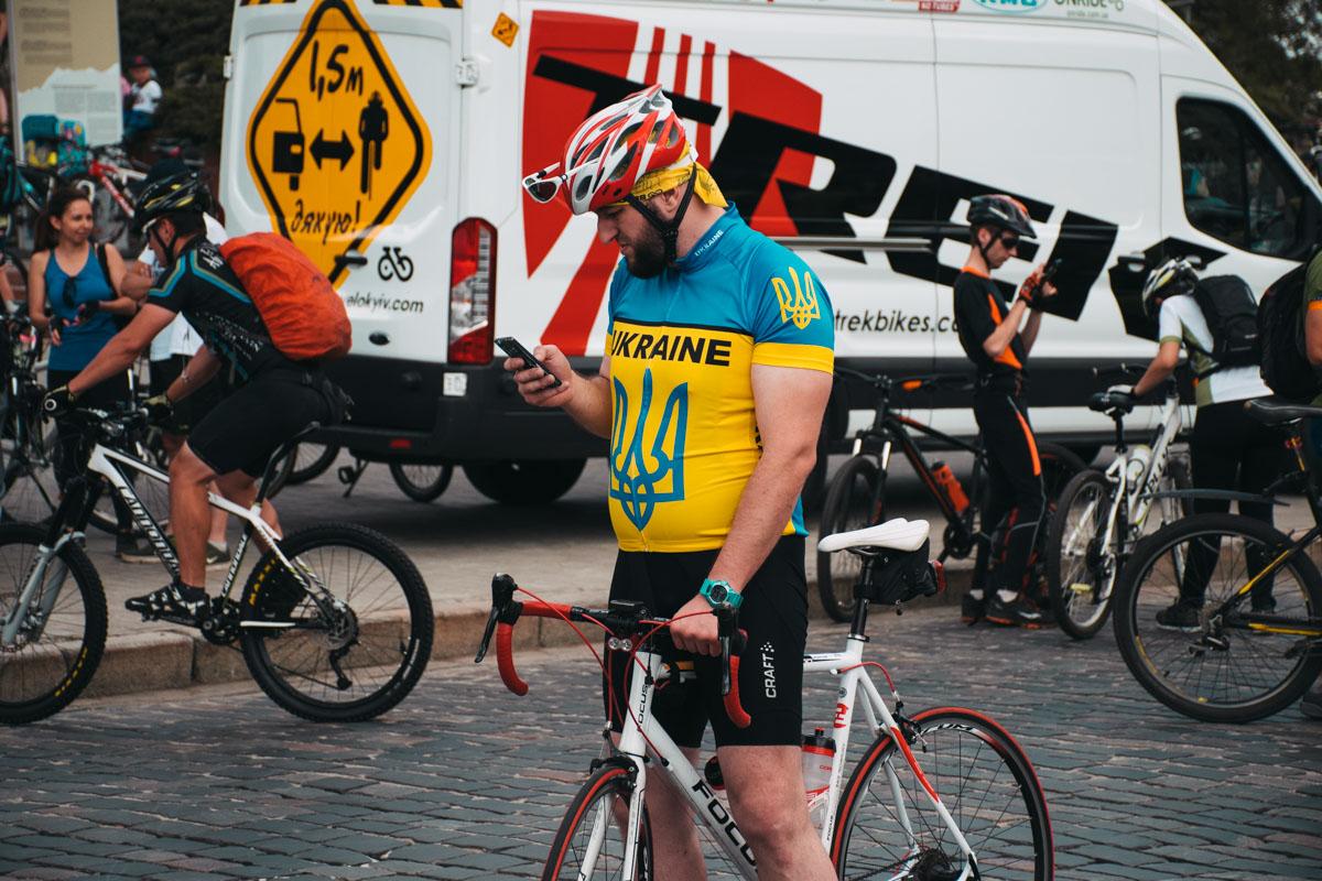 Приехали как профессионалы велоспорта, так и новички