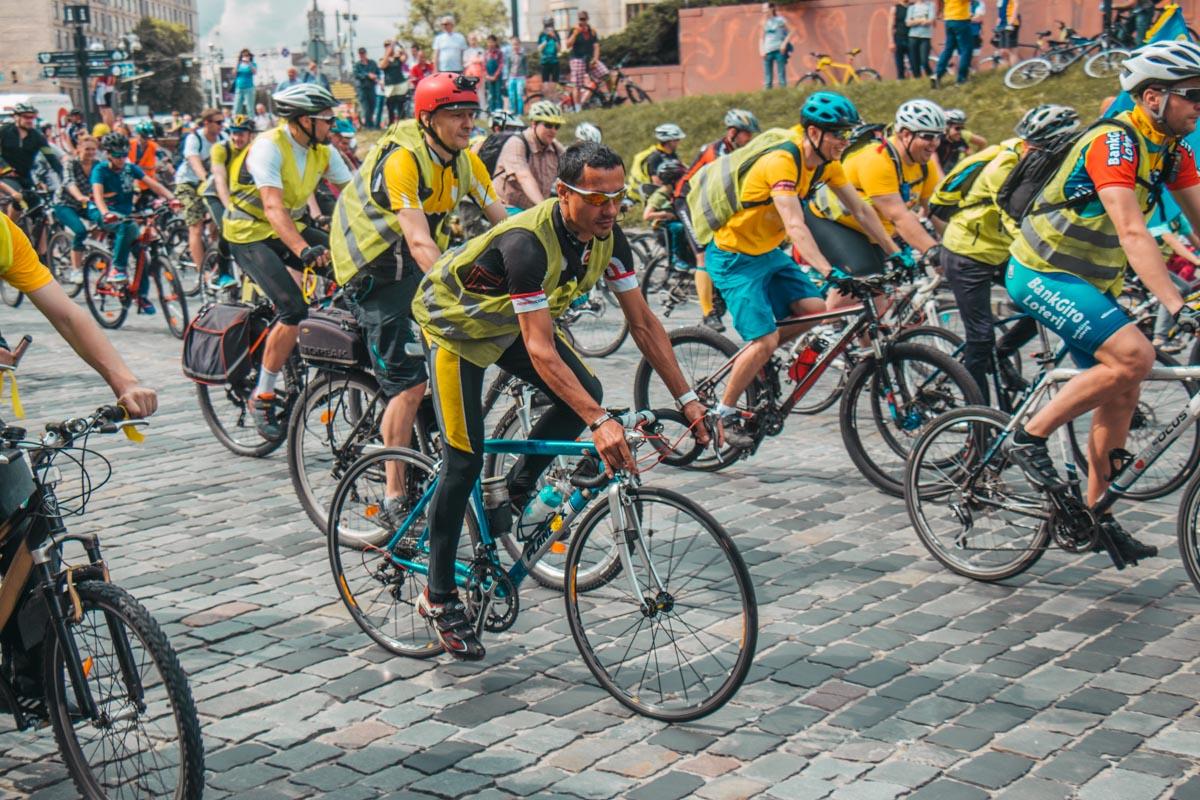 Интересно, что велопробег привлек внимание людей абсолютно разного возраста