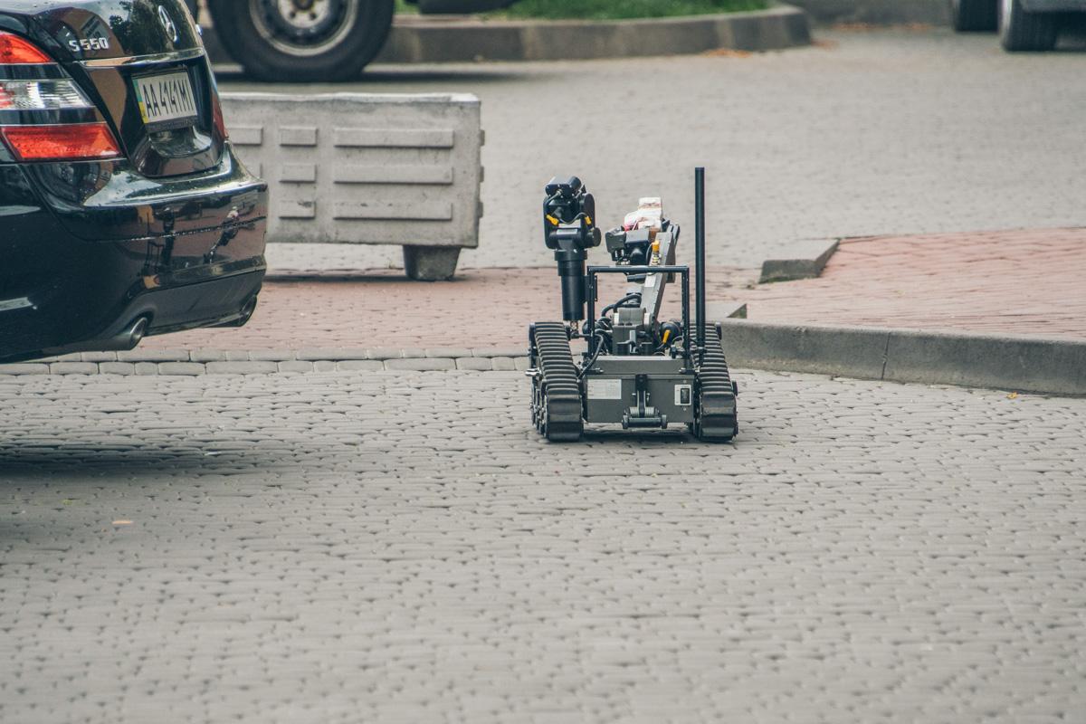 Робот-сапер на страже безопасности