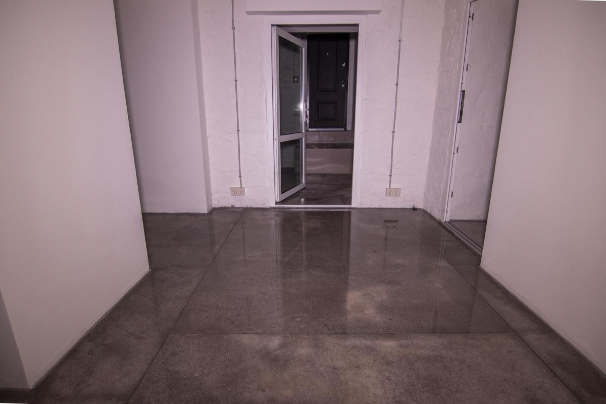 Вода в комнатах до сих пор стоит