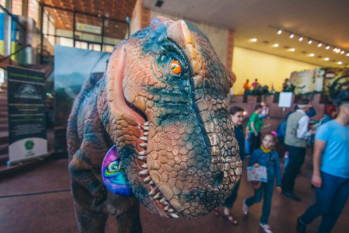 Еще один из семейства динозавров