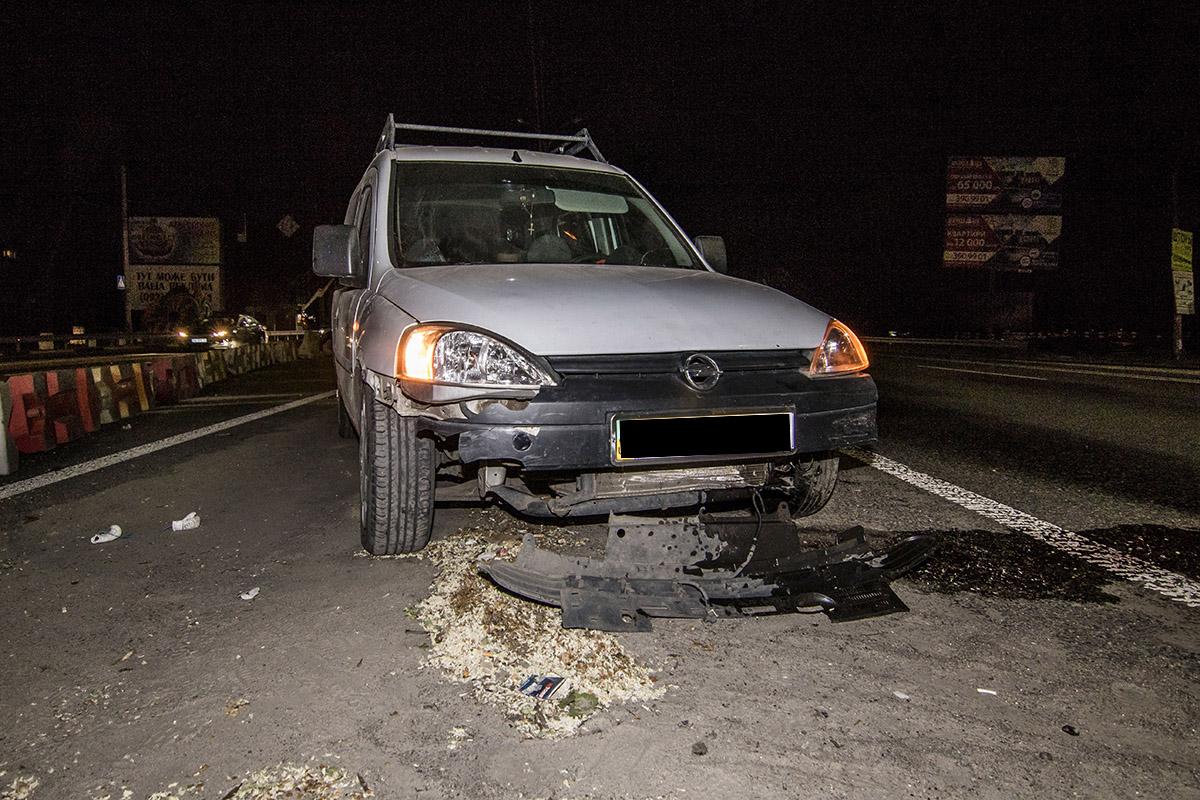 У Opel поврежден двигатель