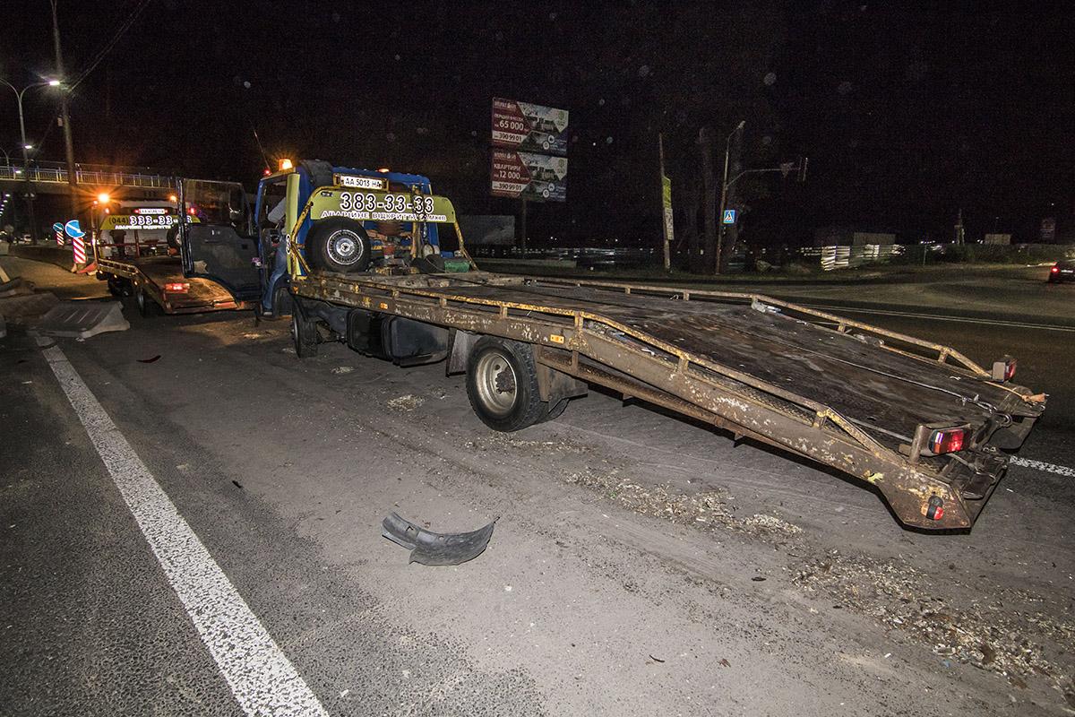 Passat и Opel с места происшествия увезли на эвакуаторах