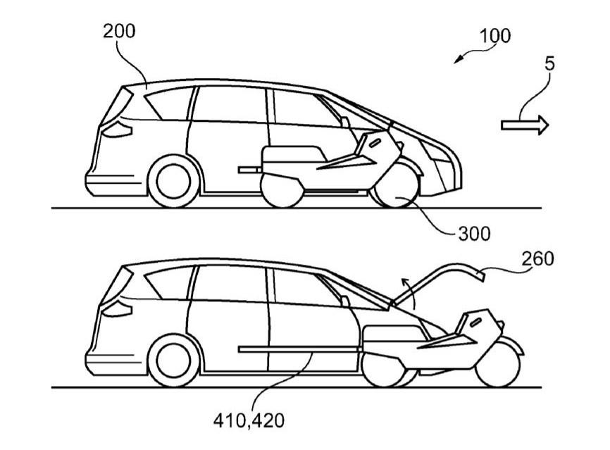 При необходимости, мотоцикл достается из автомобиля и становится полноценным транспортом