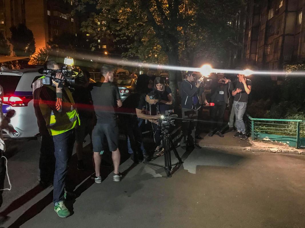 В Днепровском районе застрелили журналиста Аркадия Бабченко в его же квартире