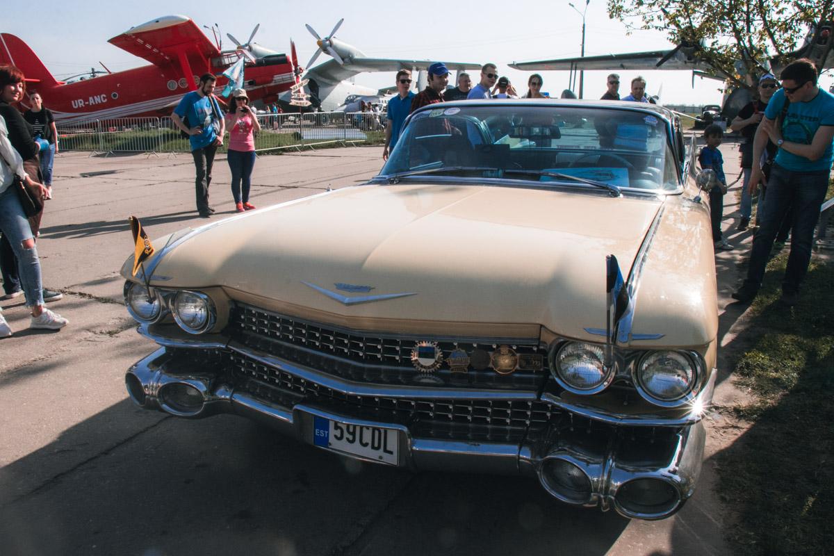 А вот и Cadillac