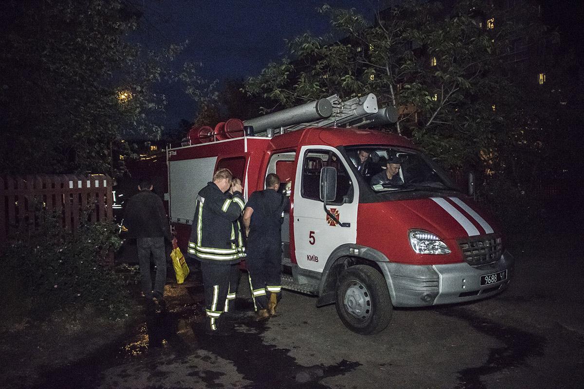 Пожарные потушили очаг возгорания в течении 15 минут
