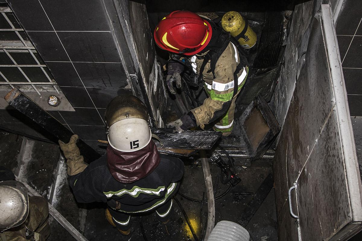 Загорелась подсобка одного из домов