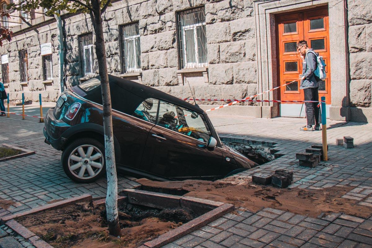 Владелец авто - гражданин Чехии - вызвал на место адвоката