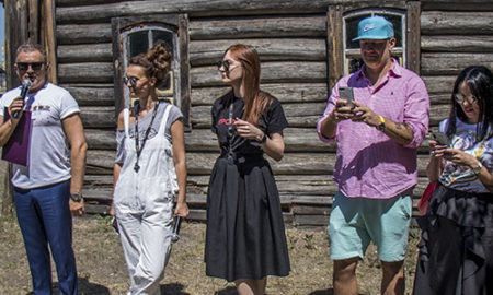 В Киеве рассекретили актеров фильма Скажене весілля