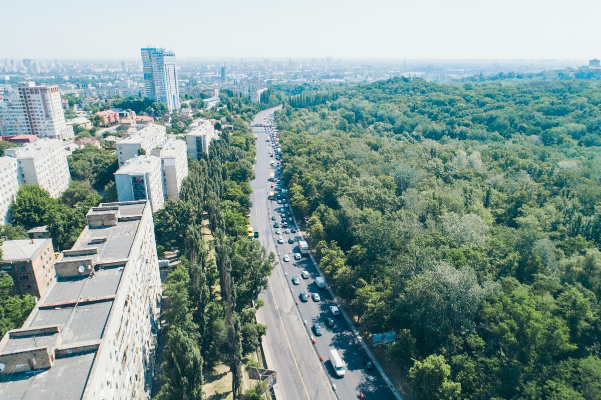 В Киеве закончили один из этапов капитального ремонта на улице Елены Телиги