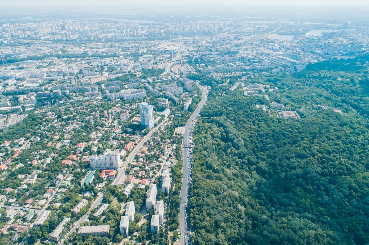 Следующим этапом будет ремонт дороги в обратном направлении - от Кирилловской до Ольжича