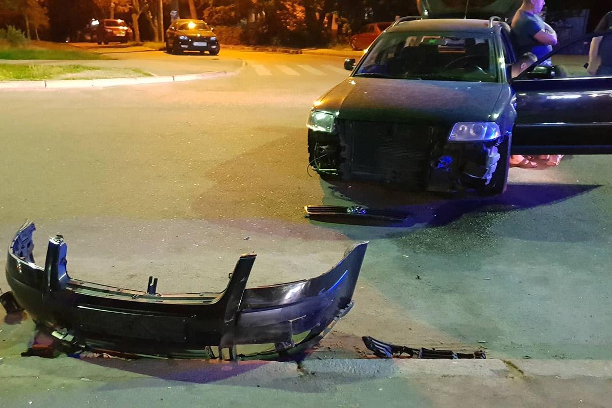 От удара Chevrolet откинуло на 30 метров