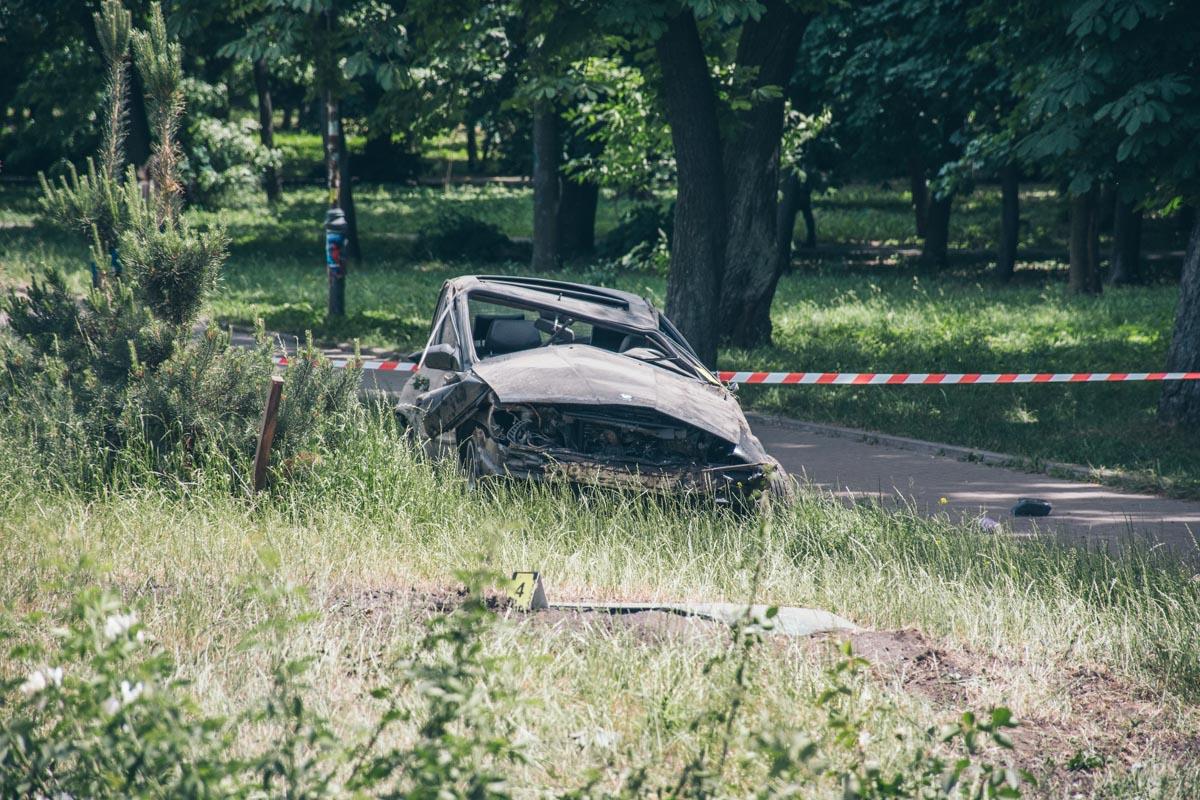 В результате ДТП водителя BMW госпитализировали в реанимацию с множественными травмами