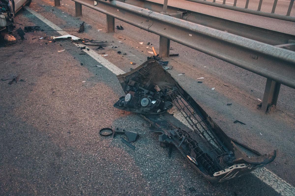В аварии участвовали Mercedes,Renault,Daewoo,Honda, Hyundai и также фура