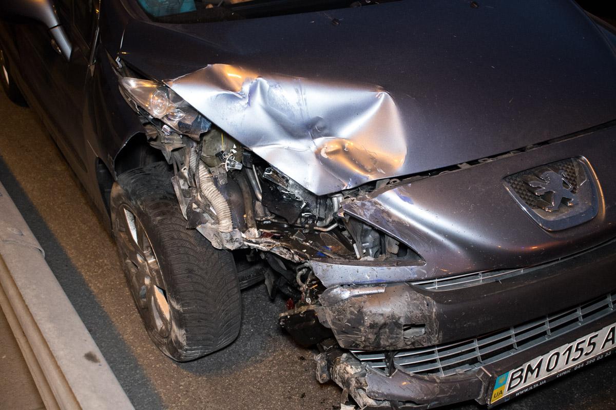 Повреждения Peugeot