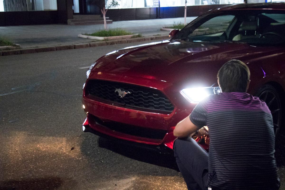 Недалеко от первой аварии в Opel Zafira врезался Mustang GT-350