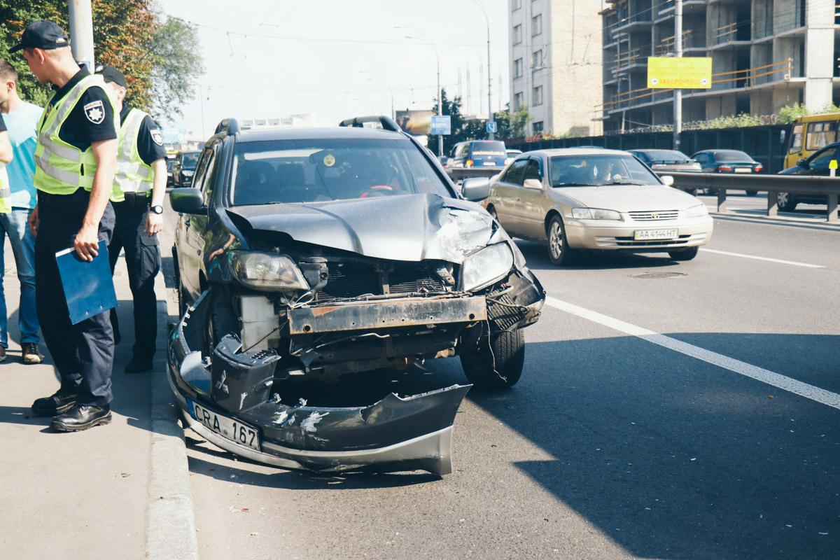 За рулем Mitsubishi сидел гражданин Нигерии,у которого не было водительского удостоверения