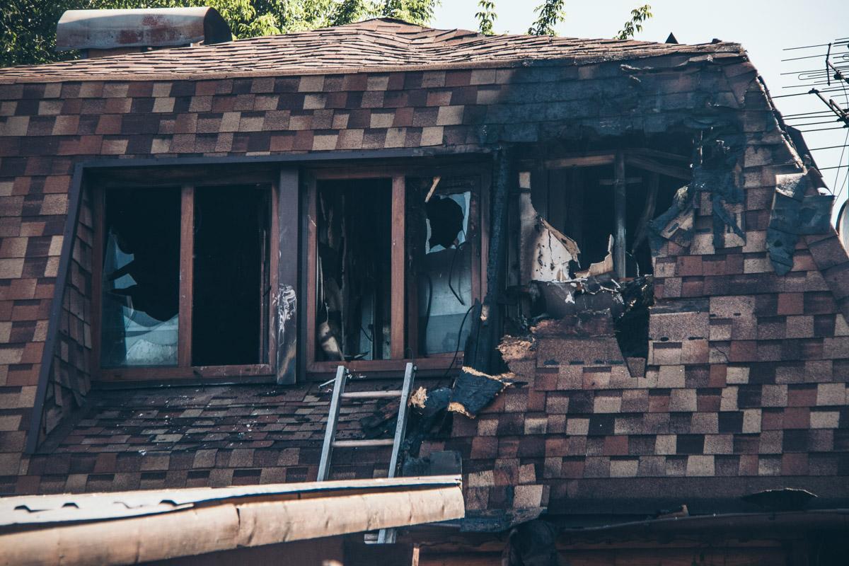 В сауне сгорели оба этажа