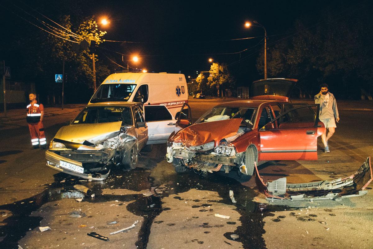 Авария произошла на перекрестке проспекта Свободы и улицы Межевой