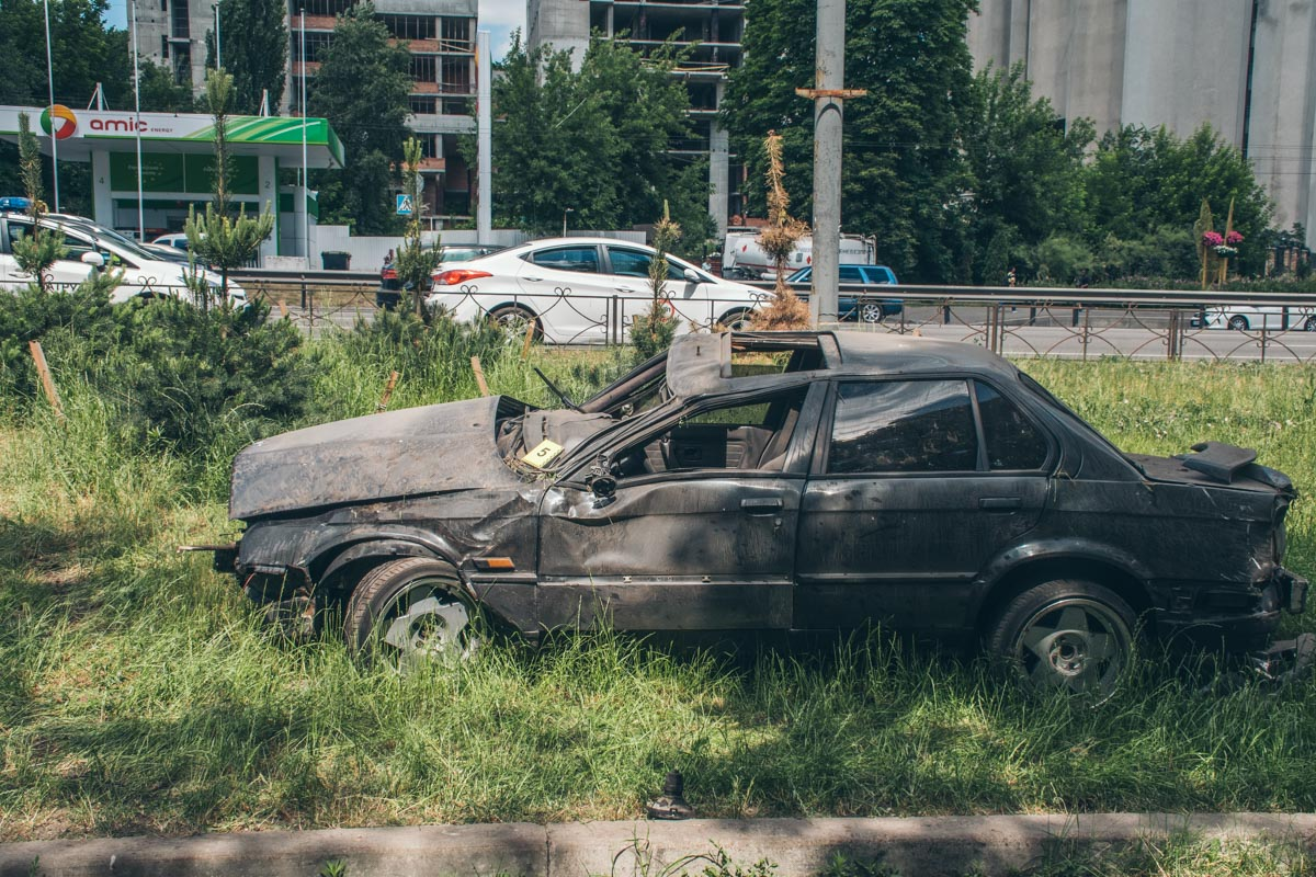 """""""Немца"""" унесло приблизительно на 70 метров от дороги"""