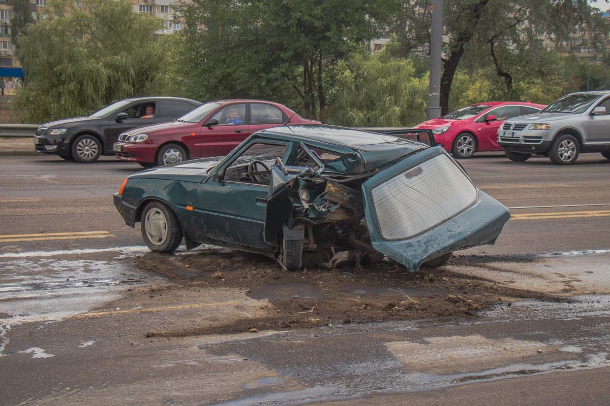 """Водитель автоOpel превысил скорость, не справился с управлением и произошло столкновение с """"Таврией"""""""