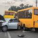 В Киеве водитель на скорости протаранил две маршрутки и сбежал